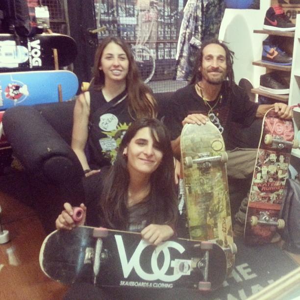 visitas #skatechikar #vogskateboards #ShineSkateshop