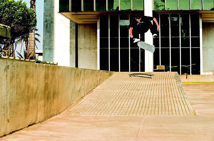 Catch @tiagolemoskt and the rest of the crew in #delacalledarua, premiering on @berrics starting November 16th. Switch varial heelflip in Brazil. Photo: @blabacphoto #dcshoes