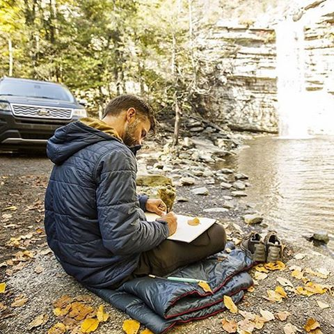 @jercollins_com works out a few details in a peaceful place... This is all part of the #comfortcountdown friends... What in the world are we up to? Follow along and find out. #gorumpl |