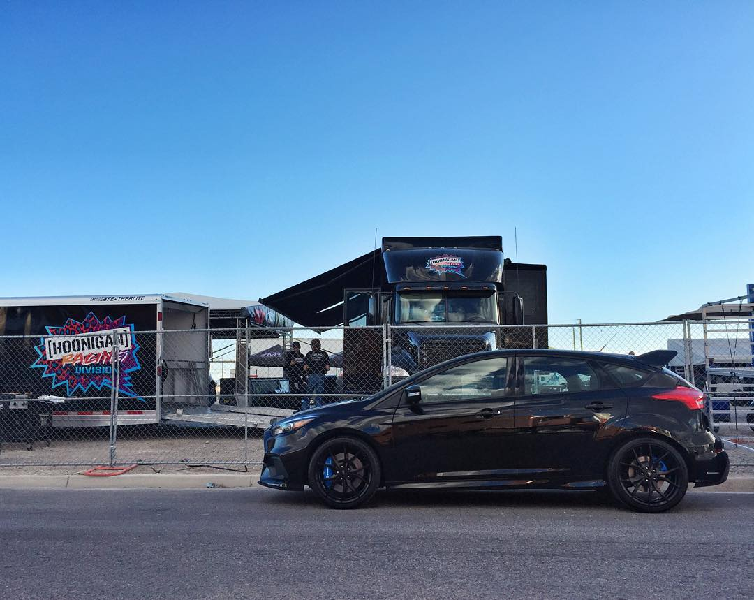 Black on black 2016 Ford Focus RS creepin' around our @HooniganRacing service area here at #GlobalRallycross Las Vegas. You like? #SEMA2015 #FordFocusRS