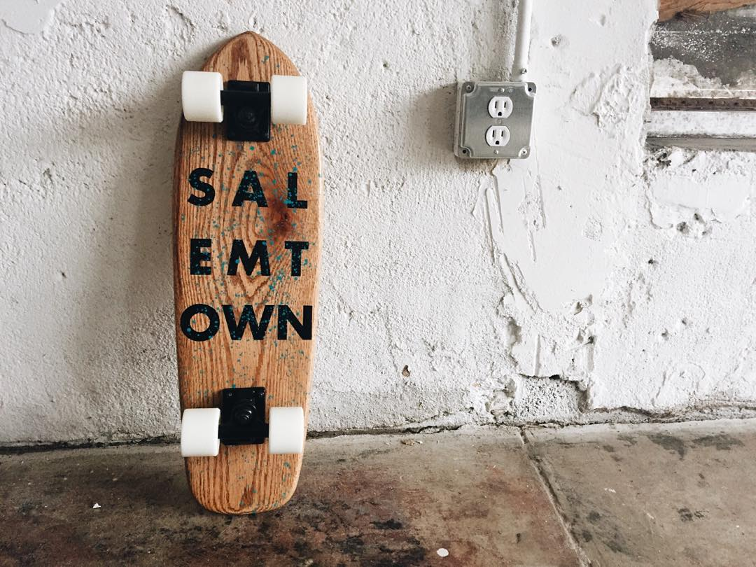 One of our Holiday 15 oak cruisers. They go live later this week. #skate #cruiser #cruiserboard #oakcruiser #handmadeskateboard