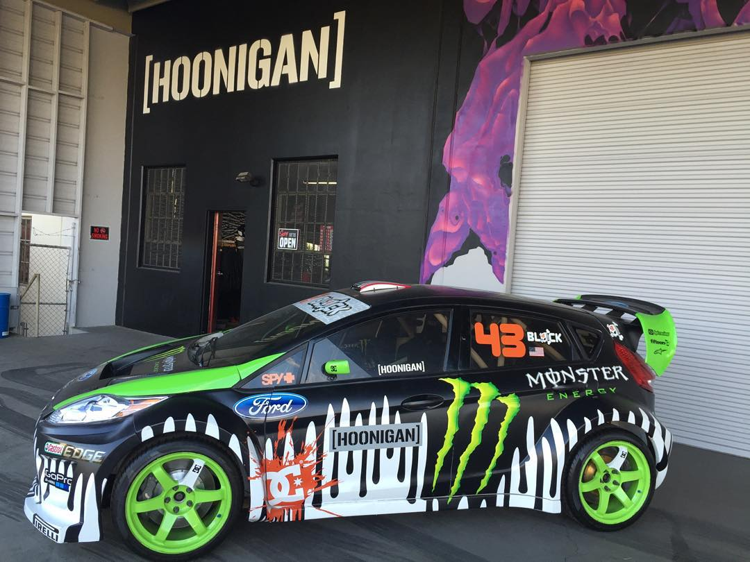 Today is your last chance to see @kblock43's Gym-3 fiesta at the #DonutGarage.  Come see us at the #HNGNBakery. Open till 7.