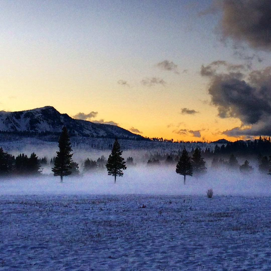 Mystic sunset tonight in Meyers. #natureinspired #riseinspired #risedesigns #meyerspride #mttallac #tahoe #tahoesouth #winter #snow