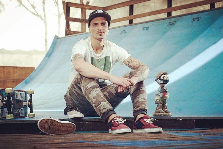Spiralshoes- fotos de nash en @loriaskateshop #spiralskateboarding #goskate #qualityshoes