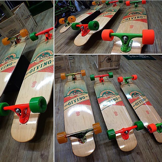 Our good friends from @toxicworldshop in Madrid have many set up choices for our LGC Board. What's your favorite? Go to longboardgirlscrew.com to find out where to get our board at a skateshop near you ✌