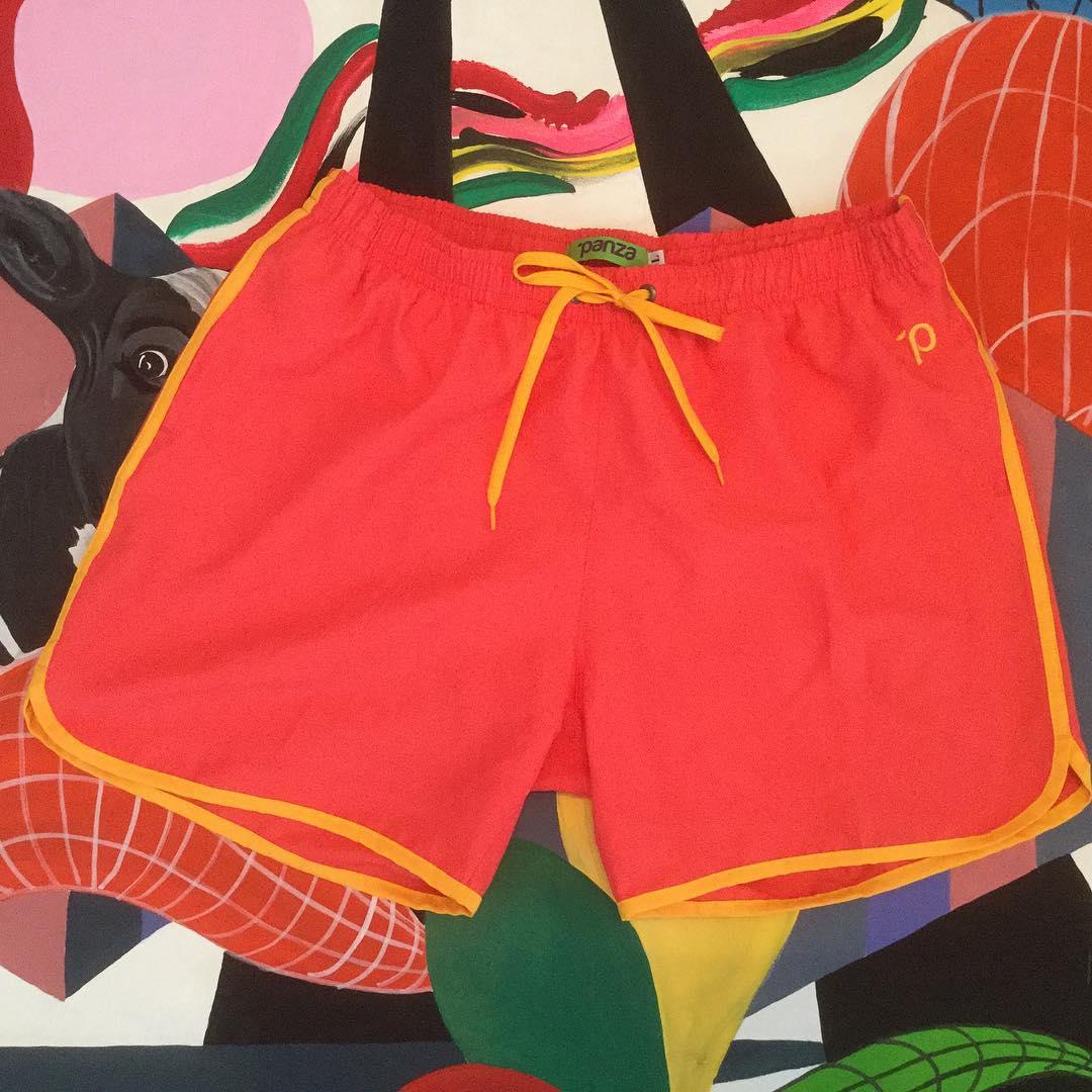 #unpanzaxdia Hoy: Panza Classic Mitch Buchannon Coral encontralo en el boliche online en www.panzapeople.com  o en nuestros locales amigos  GARPA TENER PANZA  #verano #summer #beach #beachlife #swimtrunks #beachwear #playa #men #print #pink #solid...