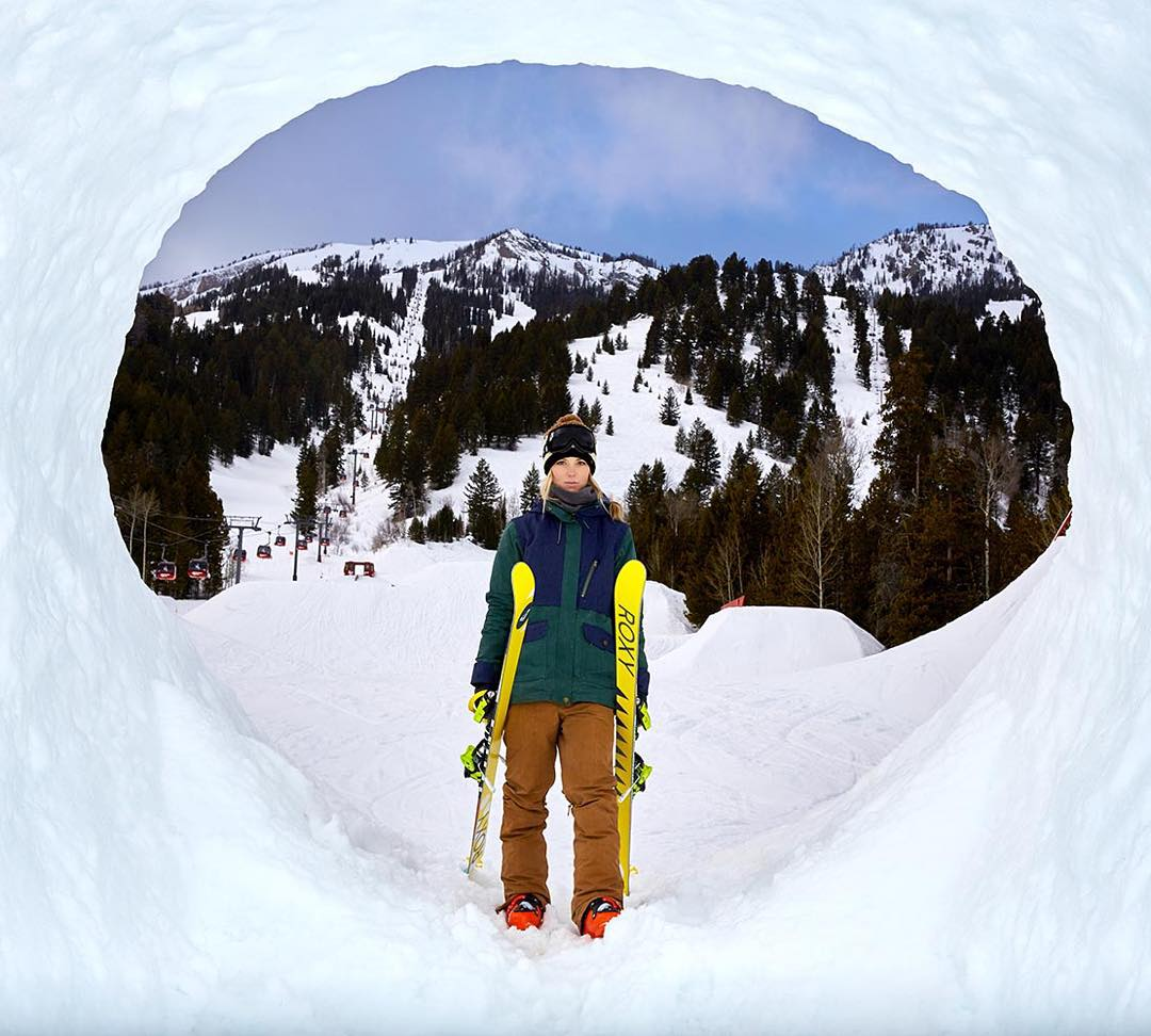 Hats (or should we say, beanies) off of this view! #ROXYsnow