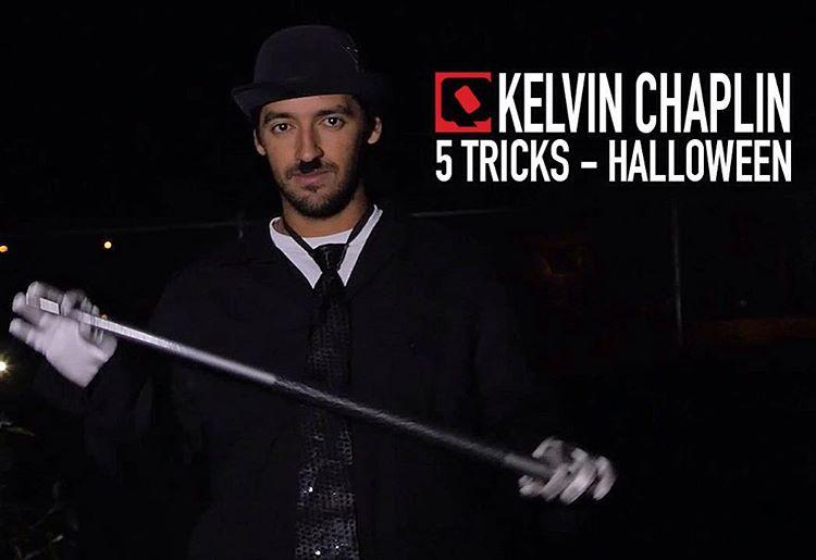 """O Halloween já passou, mas não poderíamos deixar de mostrar um 5 Tricks especial de Dia das Bruxas produzido em uma das skate parks de Los Angeles com o profissional @kelvinhoefler """"Chaplin"""". Assista em www.qix.com.br"""