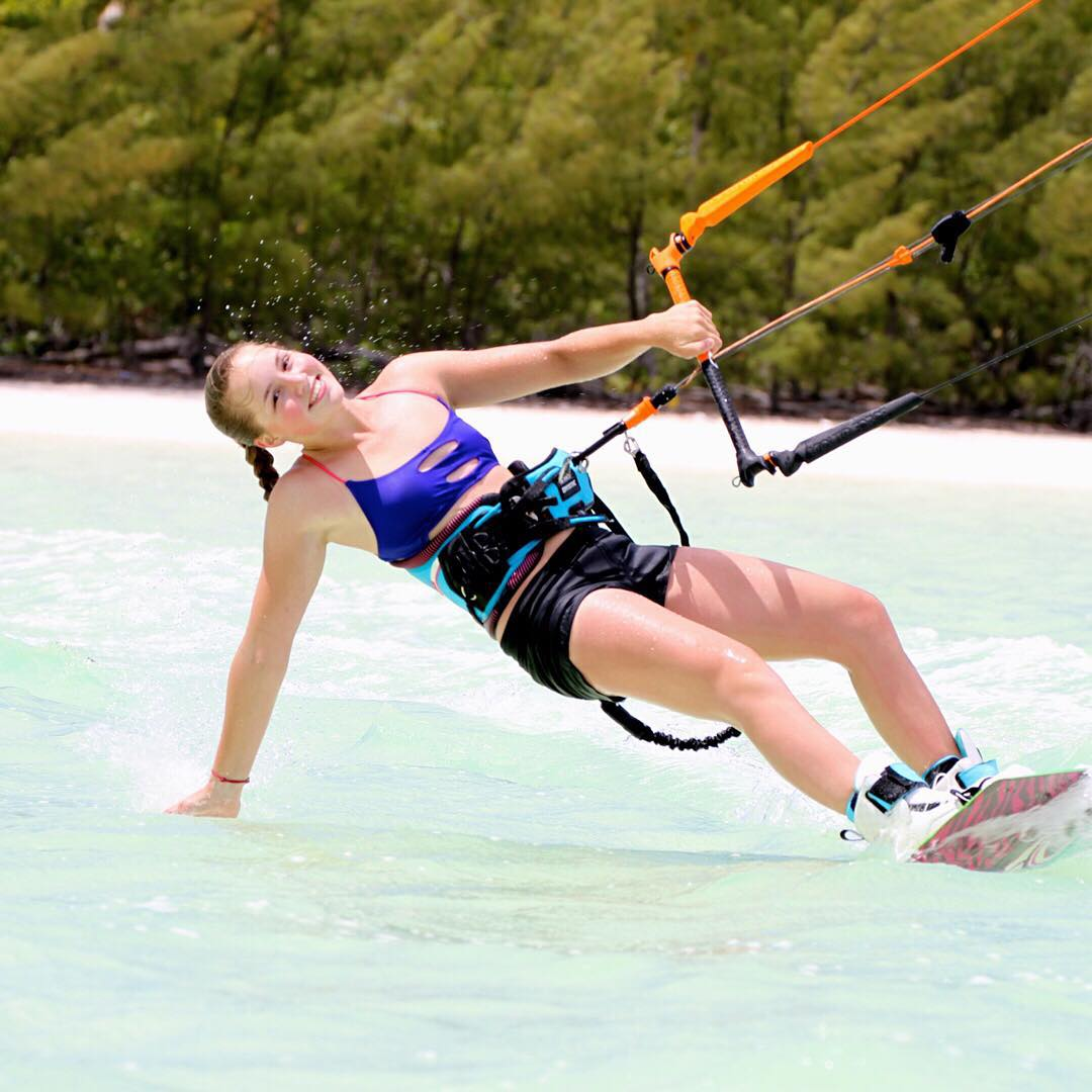 Cruisin' through the week with style. @em_cul #sensiclaire #kiteboarding #fun #jointheadventure