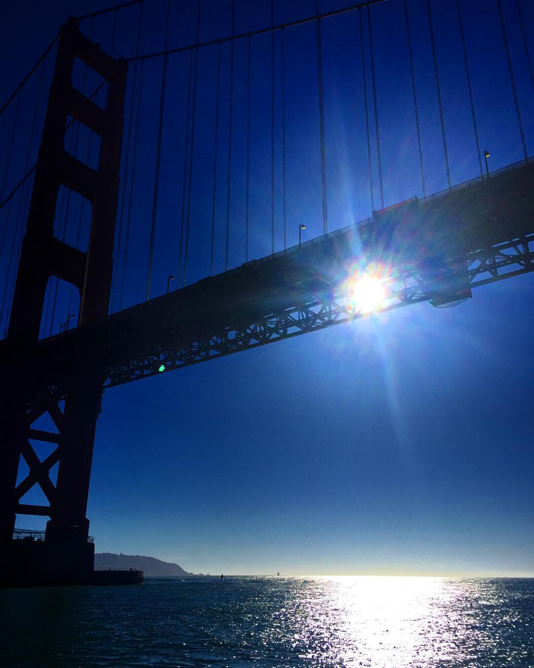 Shine bright like a diamond #goldengatebridge #sanfrancisco #nowrongwaysf #7x7 #alwayssf #wildbayarea