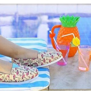 Llegó el calor!!! #alpargatas #shoes #Perky #verano #style #summer #piña #drink #cool #trendy #casual #look