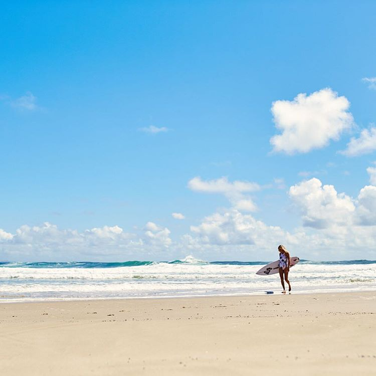 This is where we can be found this weekend, who's with us? #ROXYsurf