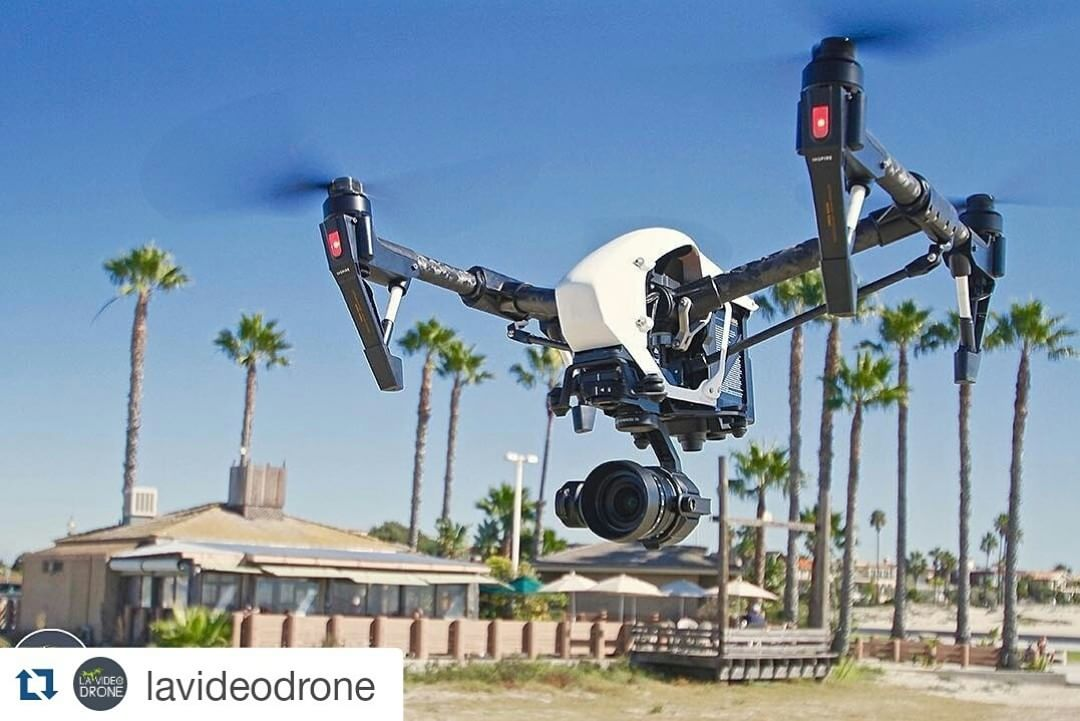 Woah @lavideodrone, you're having way too much fun with the #DJI #Zenmuse #X5