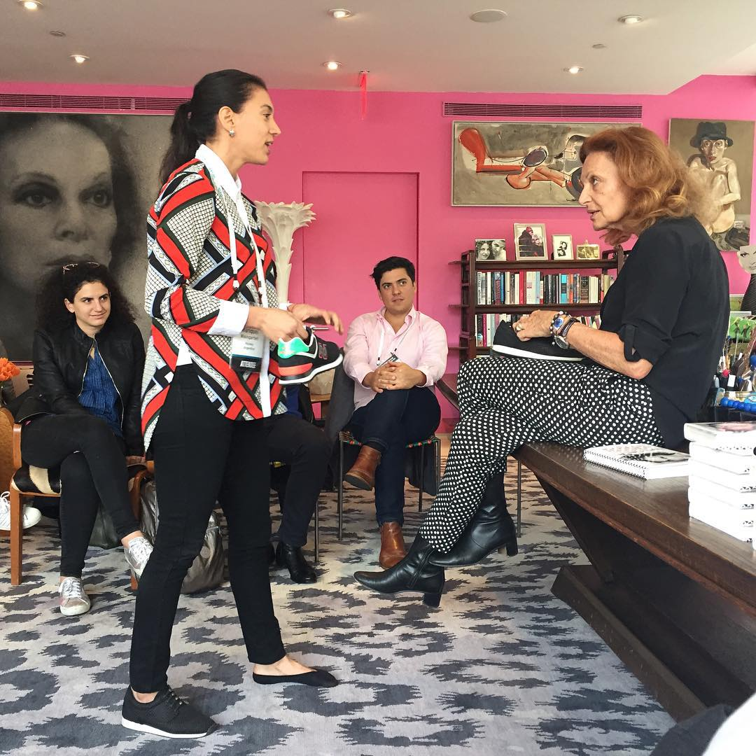 Speaking slip-ons with the iconic Diane von Furstenberg. @dvf #casual #aLifeWithoutLaces