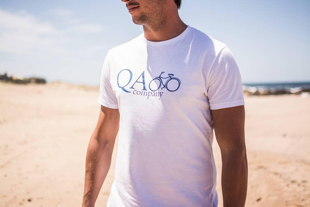 Estuvimos de campaña por Punta del Este para mostrarte lo que se viene para este verano... QA.com.ar #SS16 #puntadeleste #campaña #remera #outfit #instafashion