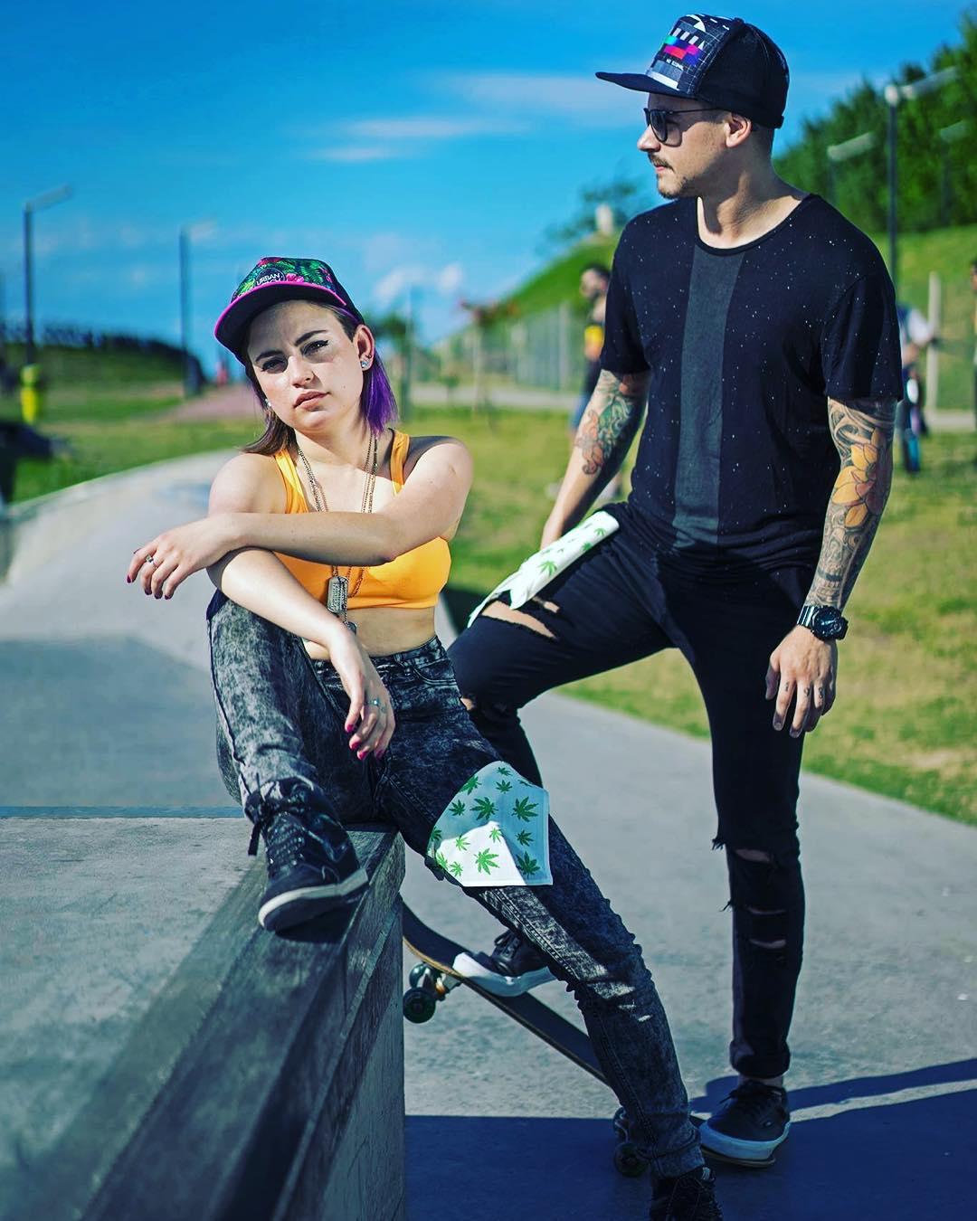 + adelanto de lo q se viene ////// TRUCKER BIT /////// Producción @redbatfoto / #fashion #cool #design #pixel #pixelart #wear #urbanroach #caps #mode #model #style #skate #bandana #trucker