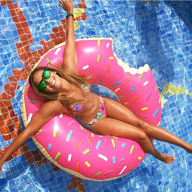 Donut Days  @izzyisup wearing the Bali frames  #Kameleonz #donuts #Cancun