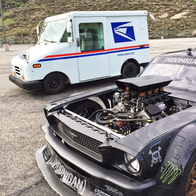 "TONIGHT - at 10p ET/PT on CNBC - see me ""deliver mail"" in my Ford Mustang Hoonicorn RTR along with American late night TV icon Jay Leno, on his show @JayLenosGarage! Jay is a huge car fanatic, so it was awesome to be able to take him for a ride in the..."
