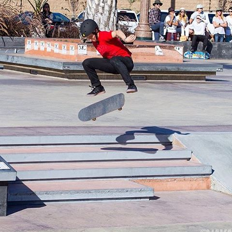 @suminaynay , winner of our first street competition, with a switch flip! Check out the @ridechannel video recap by @colinhclark , the link is in our profile! Photo by @sk8session #exposure2015 #ladiesofshred