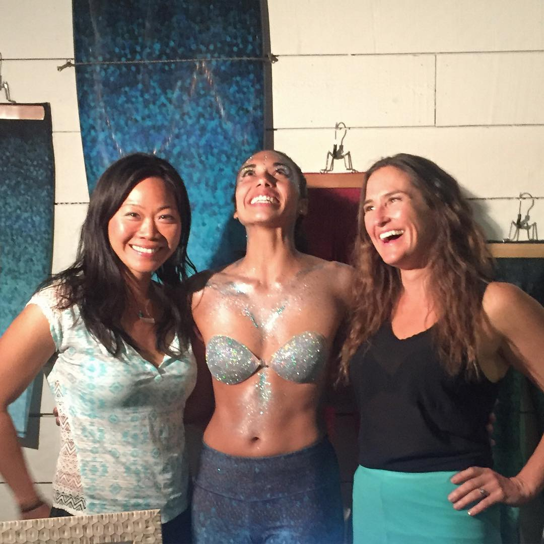 Come mingle with the OKIINO Founders: Angeline, Robyn & Rachel tonight at #OutdoorSF @fsfoundry #sanfrancisco #waterwoman #wcw #womancrushwednesday #OKIINO