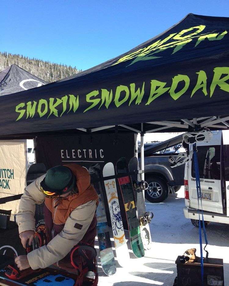 The first @smokinsnowboards demo of the season is going on today and tomorrow @lovelandskiarea , stop by and try one , we have boards @7twentyboardshop in Denver for sale and demo as well. Thanks Shannon Turner for representing!  #weareOK |...