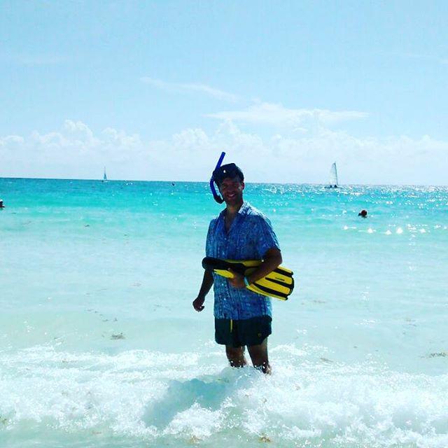 Tormenta de facha...look full panza (no incluye snorkle pero si insistis te lo conseguimos!) Encontra los panzas y las camisanis en www.panzapeople.com  #verano #summer #trajesdebaño