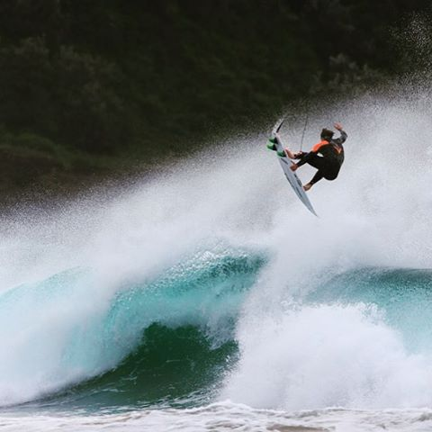 @ryancallinan spinning with a clean stalefish grab in the Furnace Pro. #Billabongwetsuits
