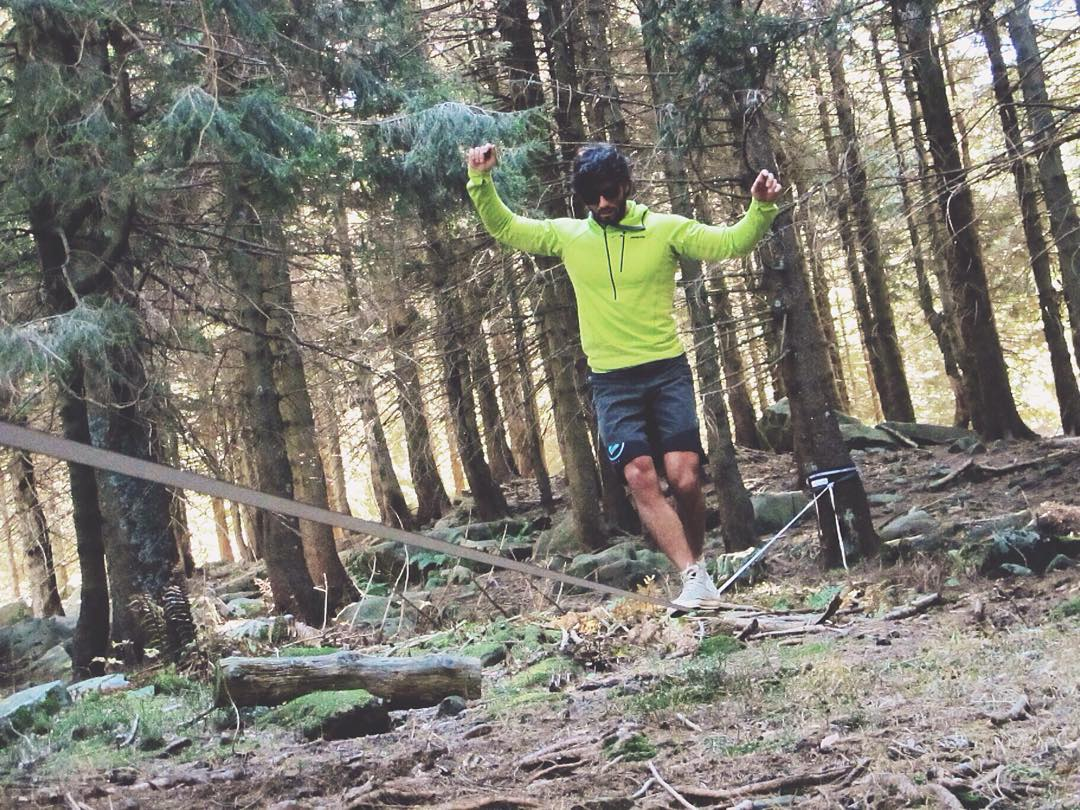 Team Athlete @mattiazambroni rocking his Bosky sunglasses while doing some slacklining!