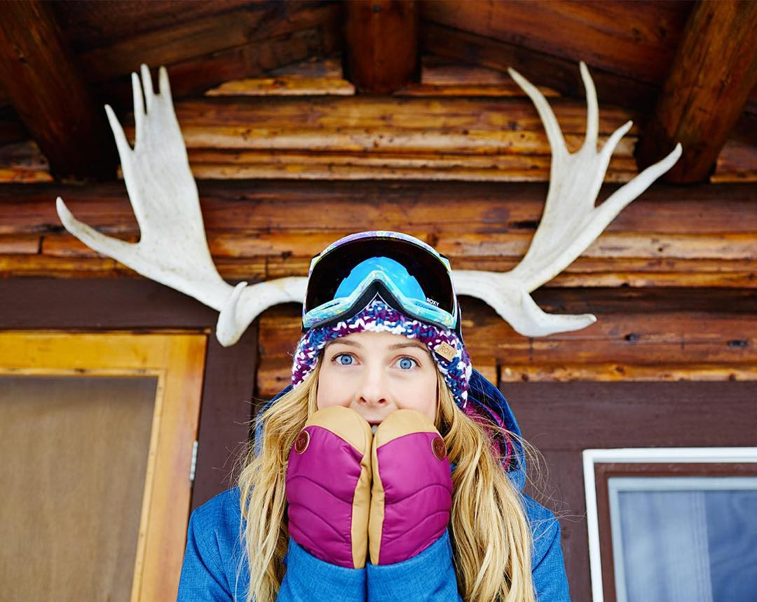 @torahbright has chosen her top 10 #ROXYxBiotherm posts! Hit the link in our bio to find out if you're in the mix or vote for your fave! #ROXYsnow