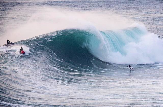 @brad_domke skims #nazare! Towed in and finless!! Watch the video on our facebook page! || #killingit #nectarlife #doingepicshit