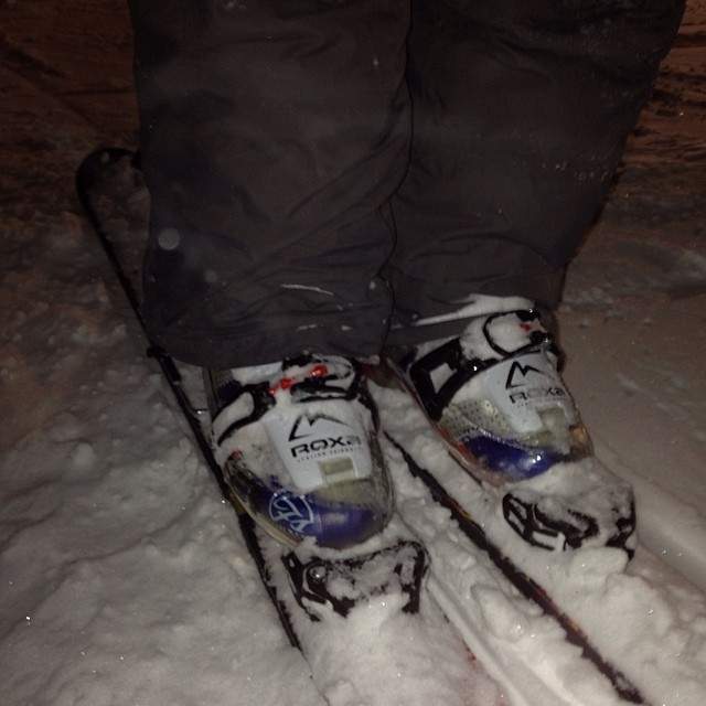 @devsoi got out in his #freesoul10's tonight @brightonresort. Did you ski today?