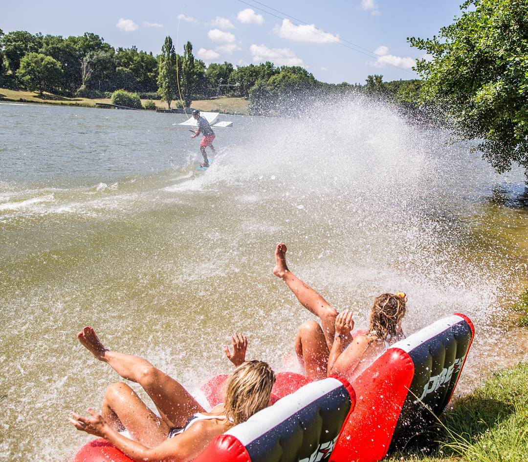 A day with your friends at your local cablepark is always a day full of fun and unforgettable moments!