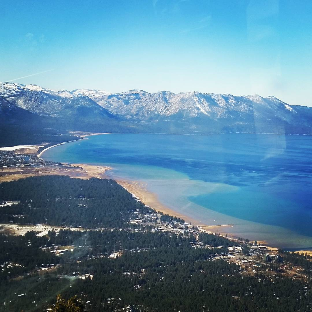 Back at it.  Going to be a great season! #skiheavenly #laketahoe #backonthegondola #winter #getoutside #graniterocx