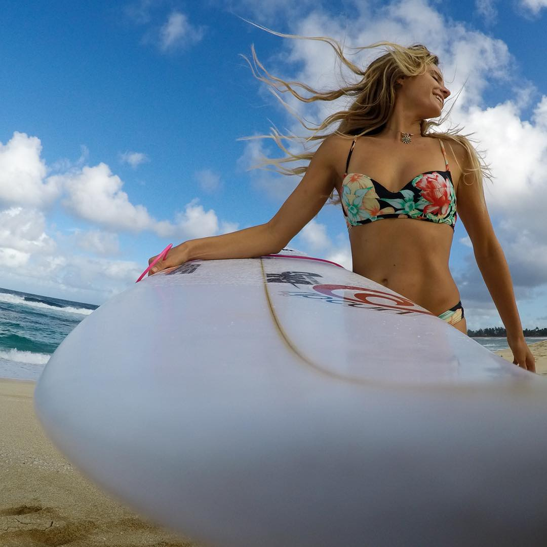 #Aloha from @alanarblanchard as she enjoys her downtime while taking in the @wsl on the North Shore of #Oahu. #GoPro #GoProGirl