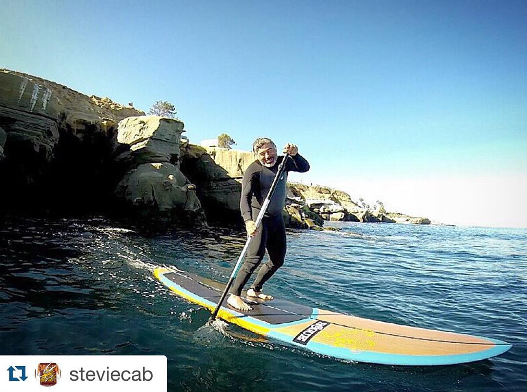 #Repost @steviecab ・・・ Today was amazing paddling out at La Jolla shores and into the caves around the cove. The water was calm and super clear, I could see about 25 feet down below at all the sea life. I could have done without the wetsuit today,...