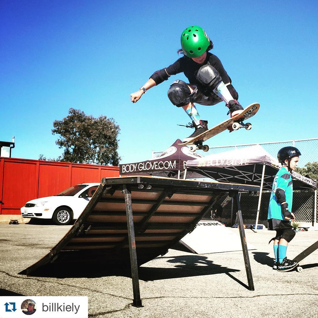 #Repost @billkiely Proper #melongrab air at #Bodyglove #skatecamp camp today. #skateboarding #freshpark #ramps
