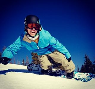 @kevinpearce having a blast in the snow