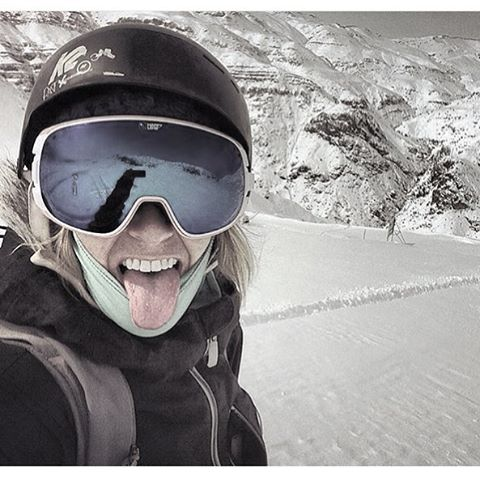 This babe just got back from an epic #Chilean skiventure-if you see her around, ask her about it. #sisterhoodofshred #freshsnow #alpinebabes