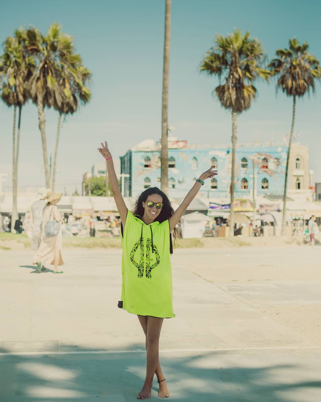 Our fashion stylist @mervc87 representing in Venice beach