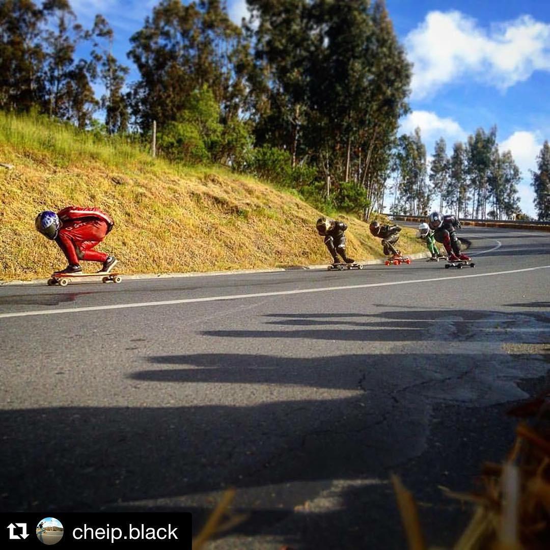 Chapita black llegando primero a la final de #loabarca2015