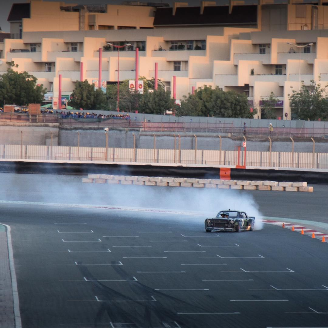 Big smoky slide from yesterday's hoon session in the Ford Mustang #Hoonicorn RTR at Dubai Autodrome. Shout out to @XDubai for the really fun afternoon out on track! #XDubai #slideways #F1circuithoonage