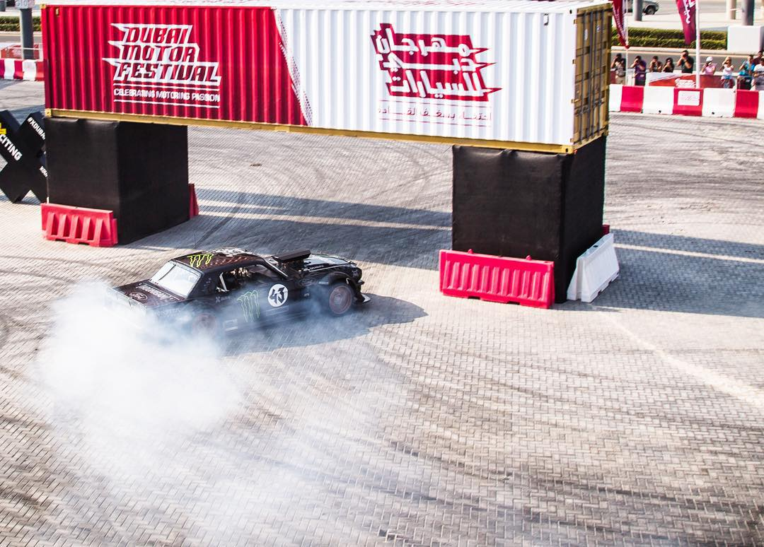 About to start my final run in the #Hoonicorn here in Dubai - which will also be the end of the car's 2015 world tour. Stoked to be drifting around shipping containers here at the @DubaiMotorfest! #XDubai #ilovemyjob #845horsewrangling