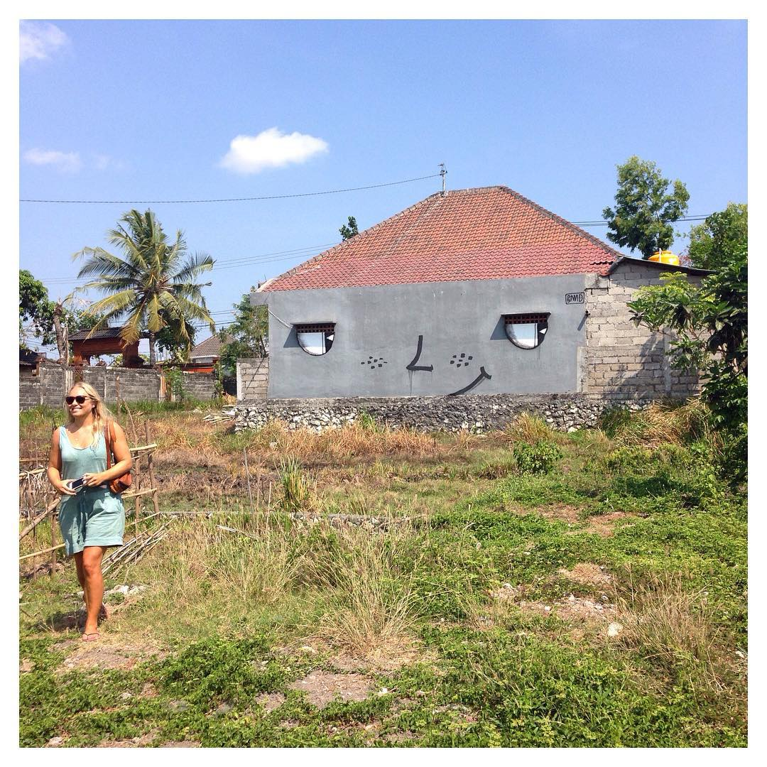 Welcome to our new intern Catherine! Hailing from Belgium, she'll be with us for the next 8 weeks to support our production and design efforts. Here she is in Canggu scouting locations for our most recent shoot