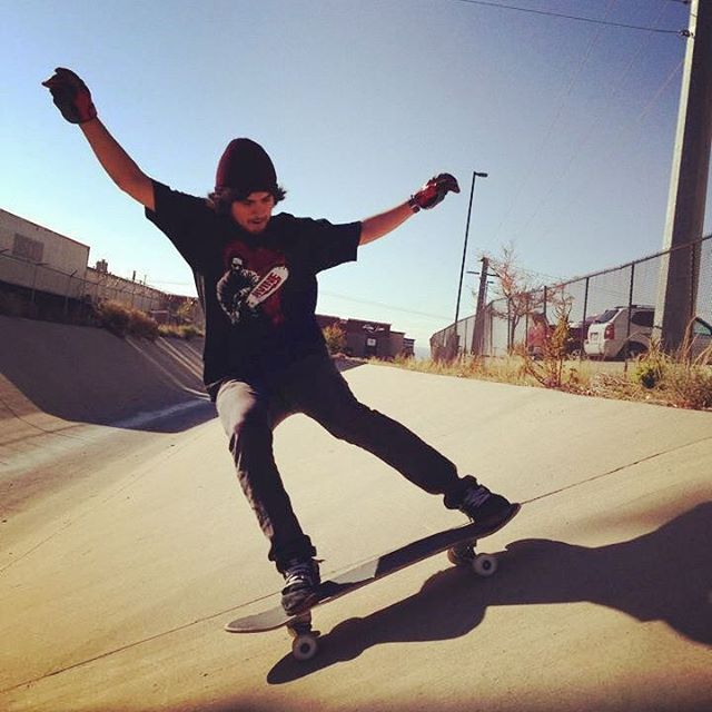 Happy Friday from the ditches of Albuquerque!  James Tracey--@deadbear13 slashing on the Super Fatty!