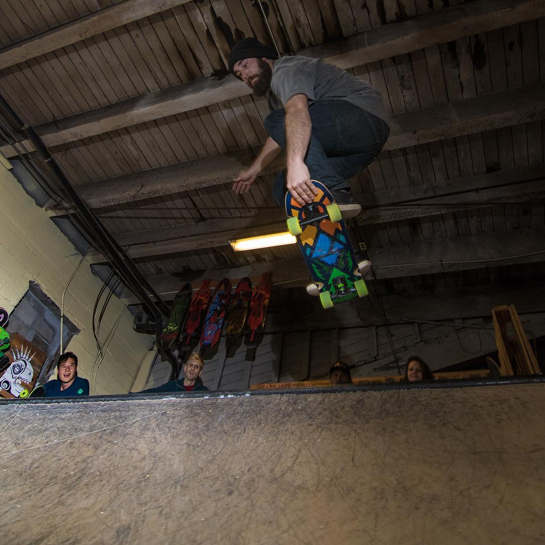 We had a rad night skating on the new Mini Cruisers at Alchemy Skateboarding & Education (@alchemy_skateboarding) last night in Tacoma. Here's a photo of Taylor Woodruff (@kustomkreature) having some fun on the Timber Skateboard!