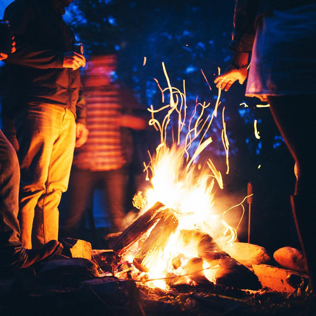Stories bring the moment back. Share yours around our fire using #Flowfold.