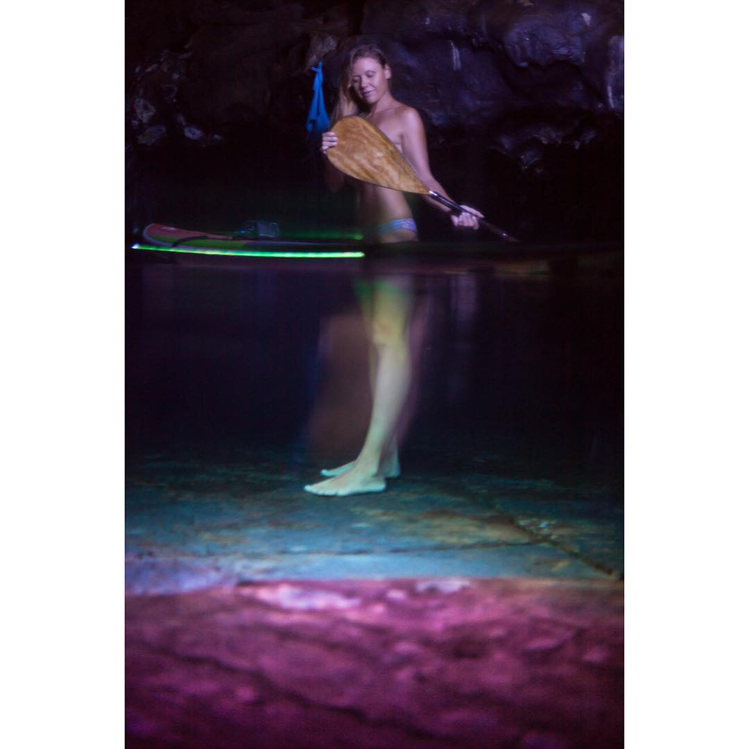 F I T  F O R  A  Q U E E N  #dowhatyoulove #lovewhatyoudo  @swellliving lit by @nocqua #adventuregear #nocqua #imaginesurf #paddlehawaii #odinasurf #itakebioastin #standupjournal #supthemag #foammagazine #supconnect #konaboys #irideirecycle...