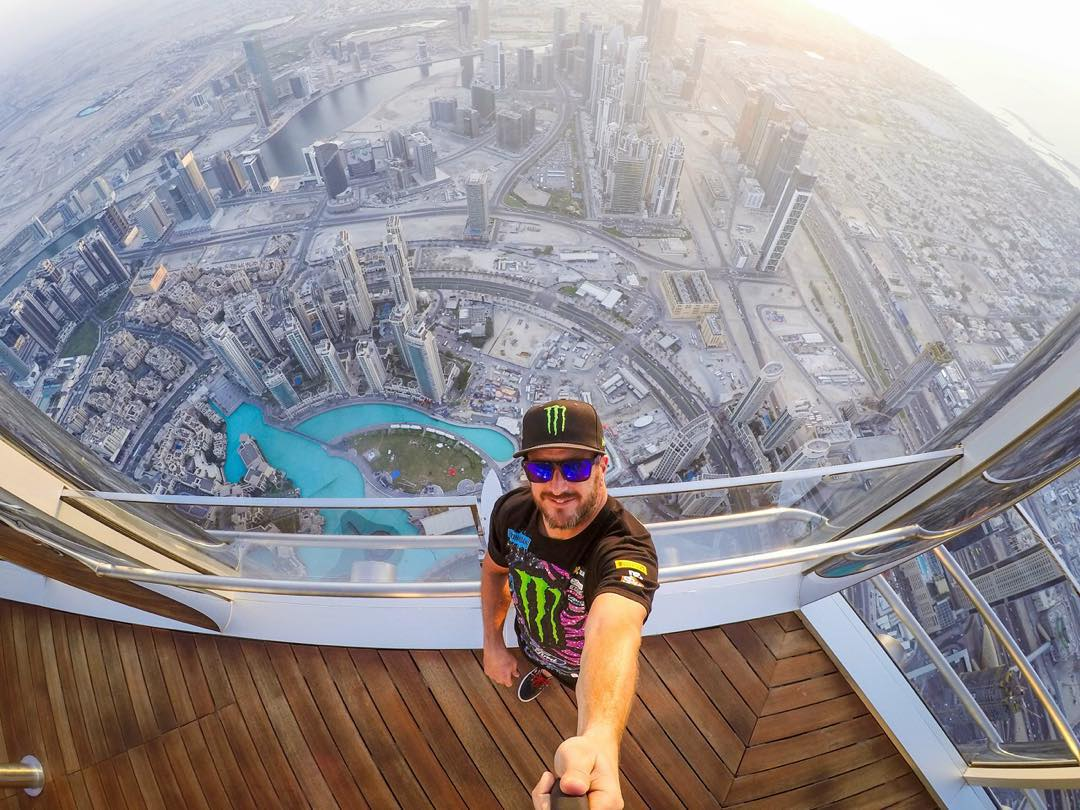 Selfie at well over 2000 feet in the air from yesterday, on the 152 floor of the world's tallest building - the Burj Khalifa here in Dubai. @XDubai brought me, my family, and the @HooniganRacing squad on an awesome tour of the building yesterday,...