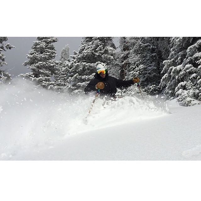And we're off! With several resorts now open in the Intermountain West, the 2015/2016 season is officially underway!  Panda manufacturing manager Kody Kirkland got his first taste yesterday at Grand Targhee, with this class 3D #PANDALANCHE... #TribeUP...