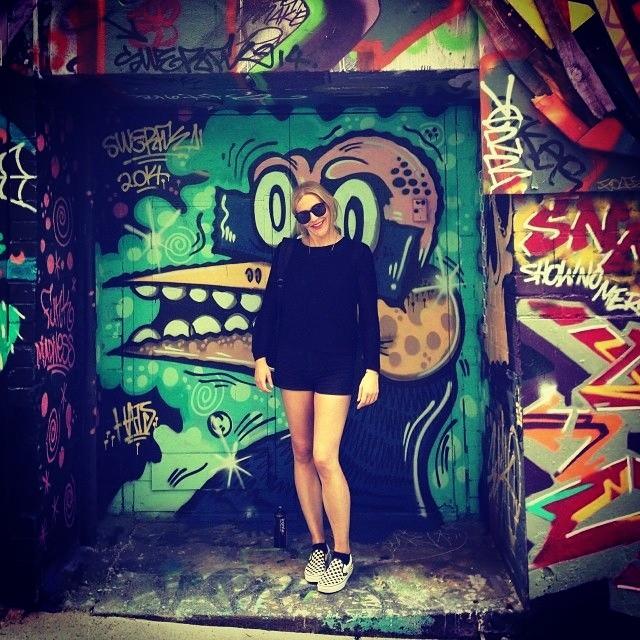 #streetart y unas  Black&White Checkers via @cheeba_hawk.  Mostranos tu #culturavans usando el Hashtag!